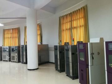武汉高低温交变试验箱厂家